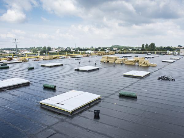 Isolation des toitures plates étanchées Alphatoit