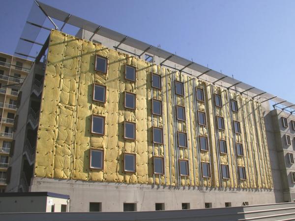 Isolation des murs par l'extérieur ITE façade ventilée