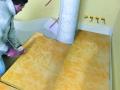 Isolation acoustique des planchers d'étage : pose du panneau en laine de verre Domisol LV