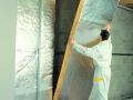Isolation des murs par l'intérieur : pose de GR 32 Roulé Revêtu Kraft Alu