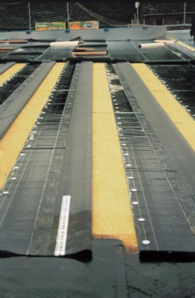 Isolation et étanchéité des toitures métalliques : Pose de Panotoit Tekfi 2
