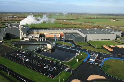 ISOVER, usine de chemillé pour la production de laine souffler