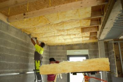 isolation par l'intérieur des toitures plates bois