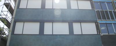 Rénovation façade et isolation : bardage en pierre