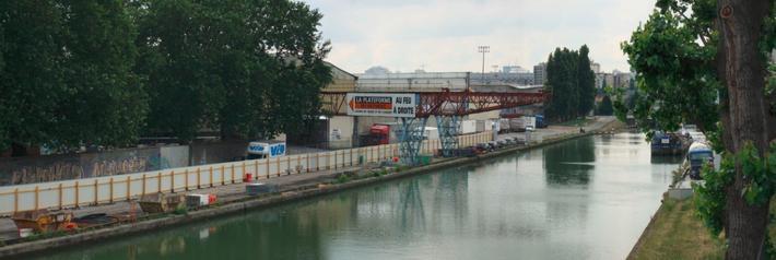 Rénovation et ITE : Transport de matériaux par voie fluviale