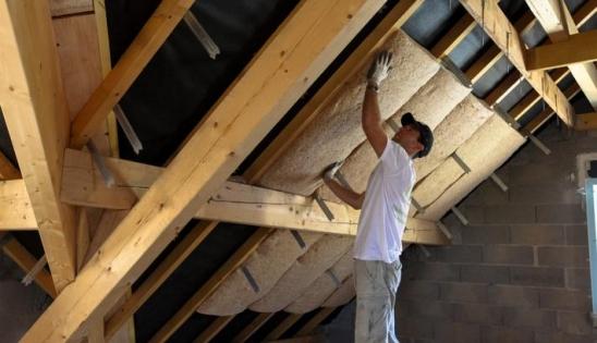 Isolant fibre de bois isolation d 39 une maison avec isoduo 36 for Isolation des combles isover