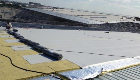 Isolation acoustique du stade de Bordeaux avec Parvacoustic