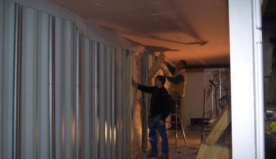 Am nagement containers en logement isolation par l 39 int rieur for Isoler un container