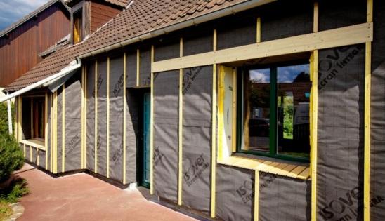 Rénovation de l'isolation d'une maison des années 80