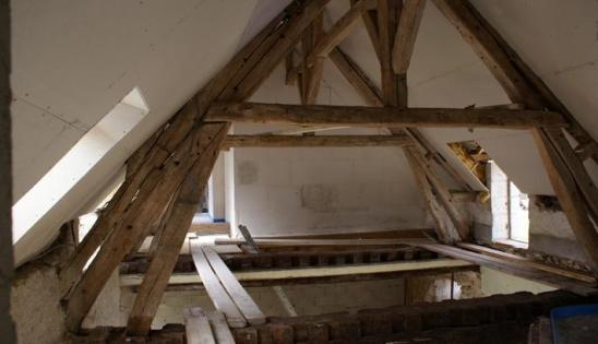 Rénovation d'une vieille ferme : travaux