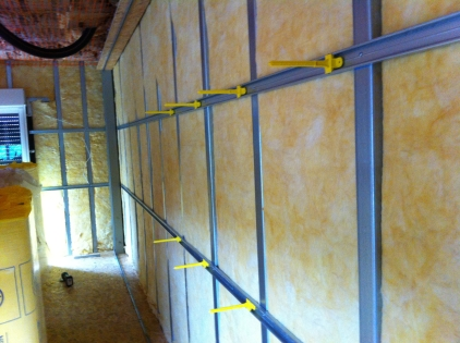 Isolation Thermique par l'intérieur maison : pose des appuis Optima